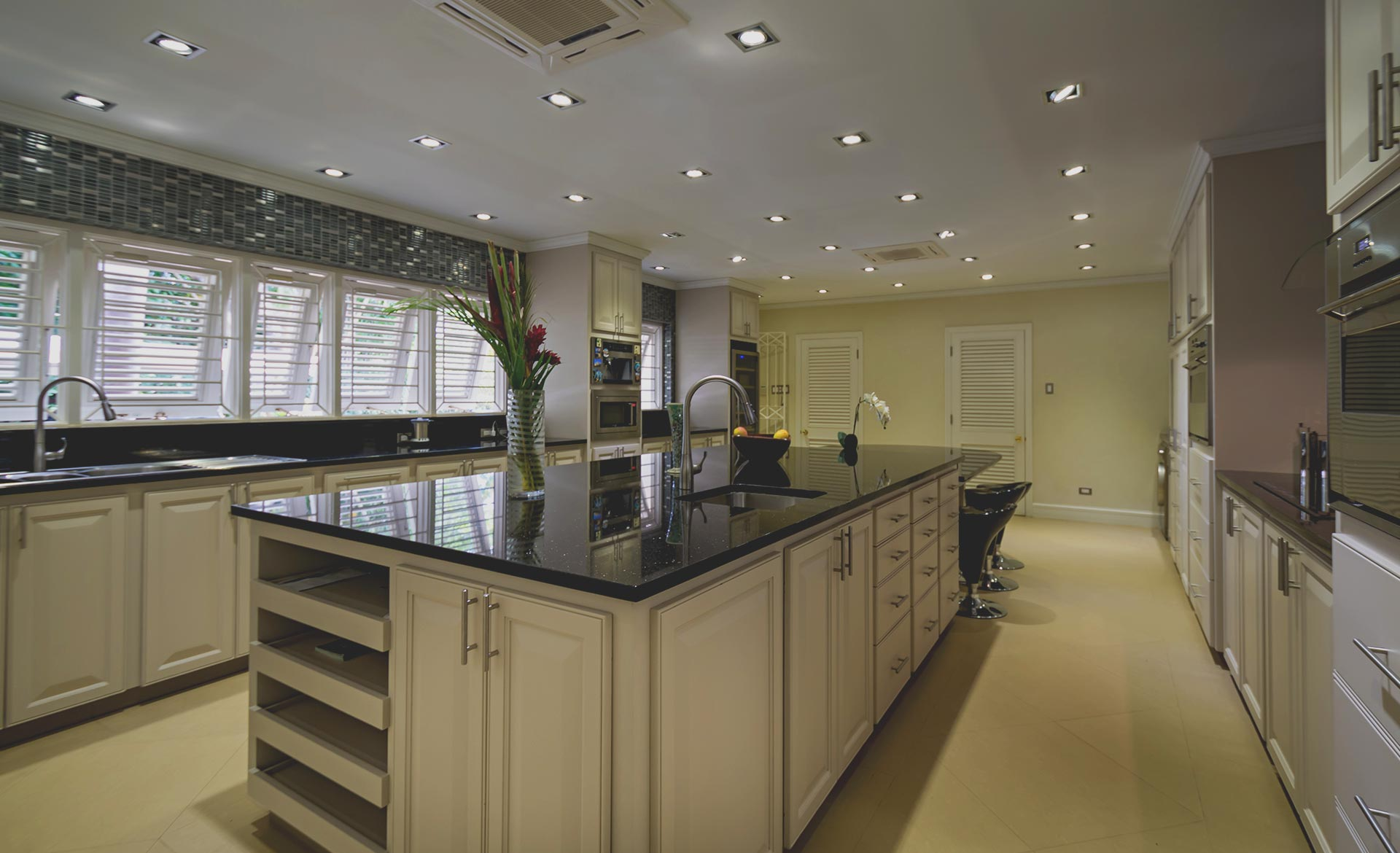oriana-barbados-sandy-lane-kitchen